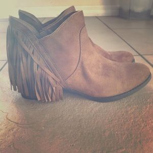 FADED GLORY BROWN BOOTIES